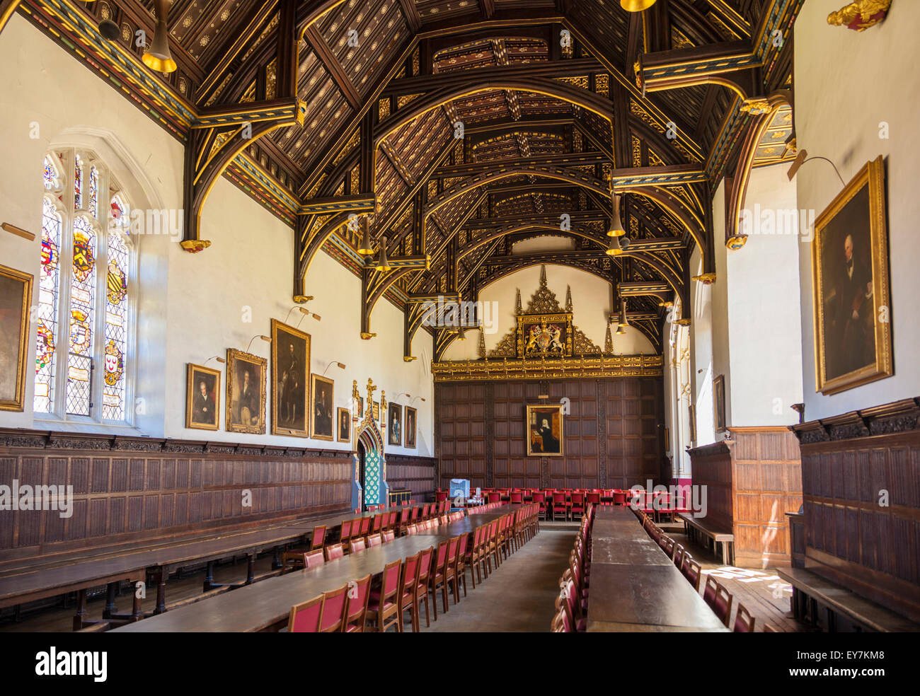 Dining hall interior trinity college cambridge university for U of t dining hall