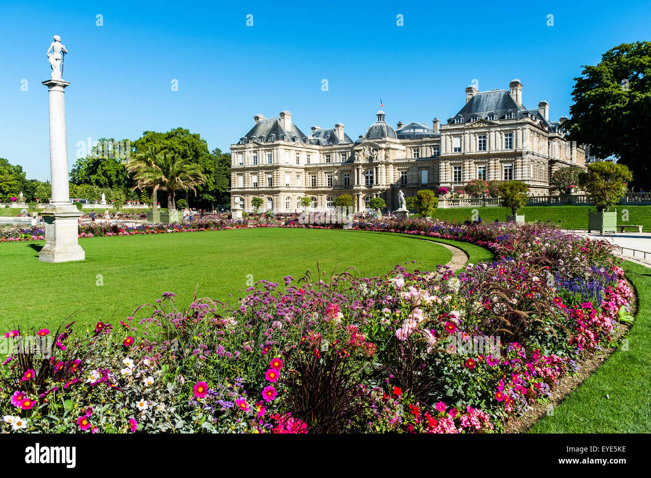 Le jardin du luxembourg gardens paris france stock photo for France jardin