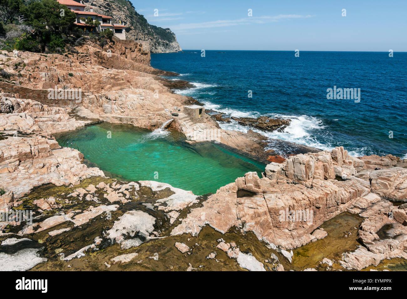 Natural swimming pool es cau begur stock photo royalty for Piscina natural begur