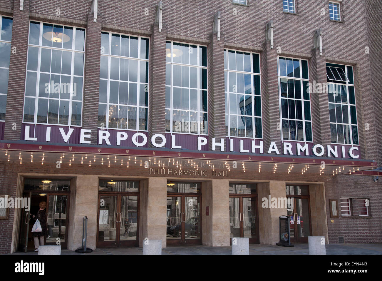 Philharmonic Dining Rooms Live Music