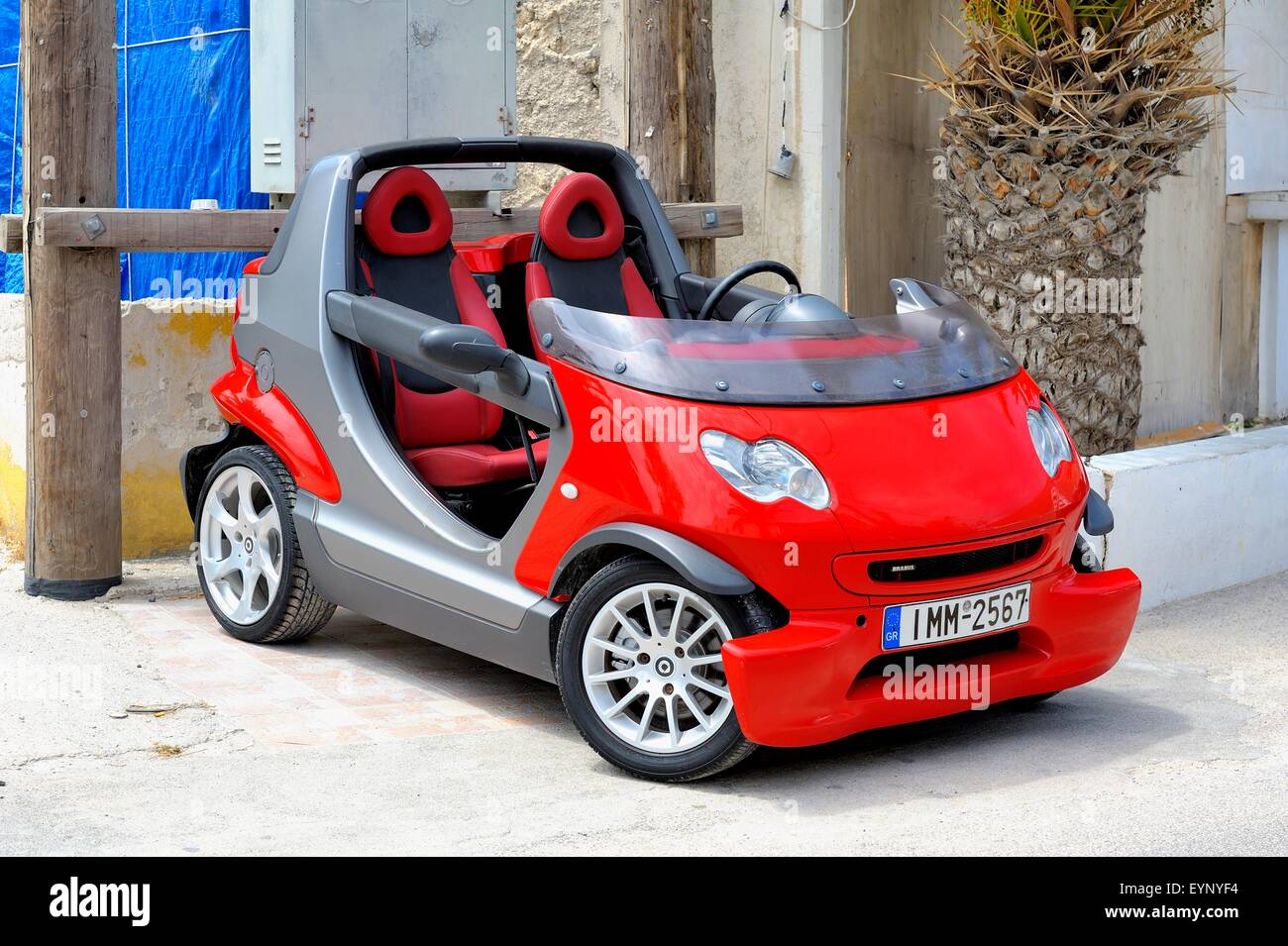 a red cabrio smart car crossblade in santorini greece stock photo 85919768 alamy. Black Bedroom Furniture Sets. Home Design Ideas