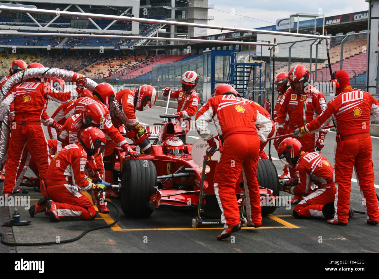 Ferrari f1 overalls