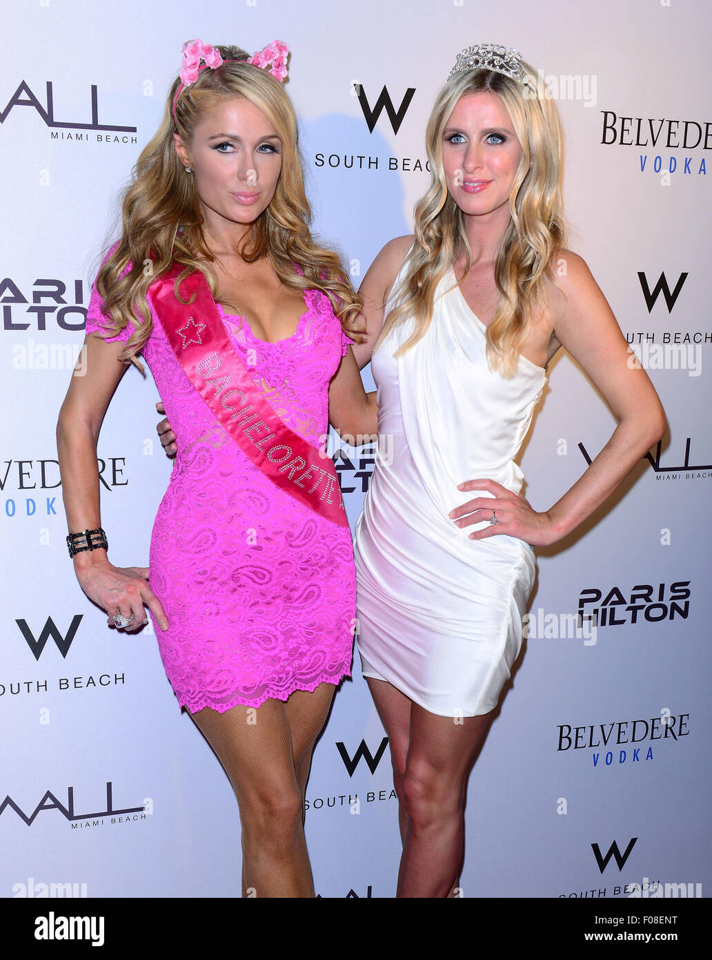 paris hilton debuts new single and nicky hiltons ultimate bachelorette party at wall at w hotel featuring paris hilton nicky hilton where miami beach - Single Wall Hotel 2015