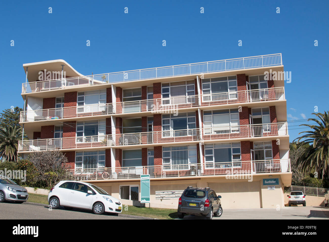 Surfrider Apartment Unit Building At Avalon Beach On Sydneys Northern Beachesnew South Walesaustralia