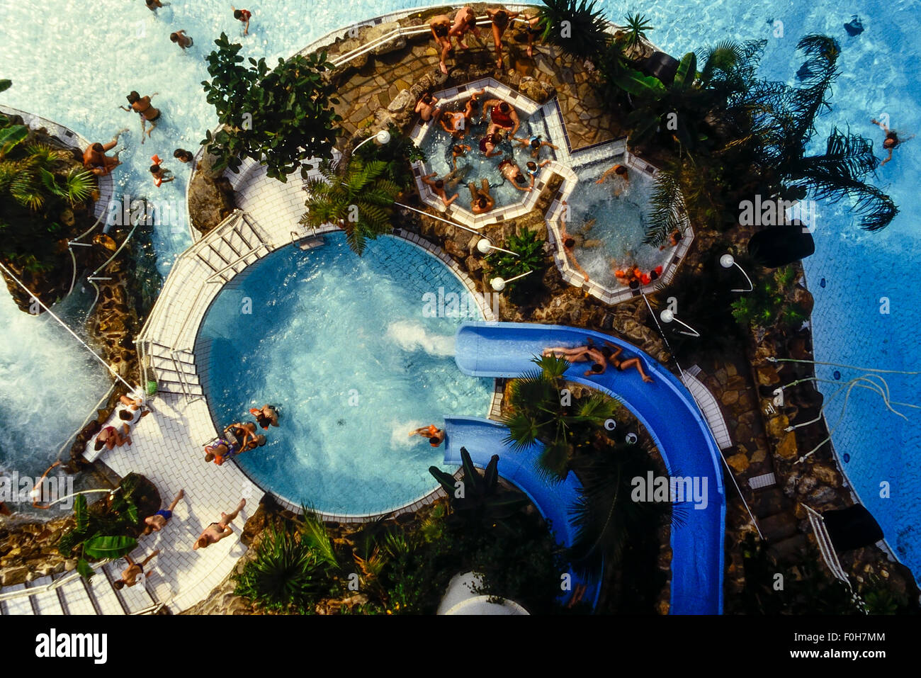 Subtropical Swimming Paradise Sherwood Forest Center Parcs Stock Photo 86431092 Alamy