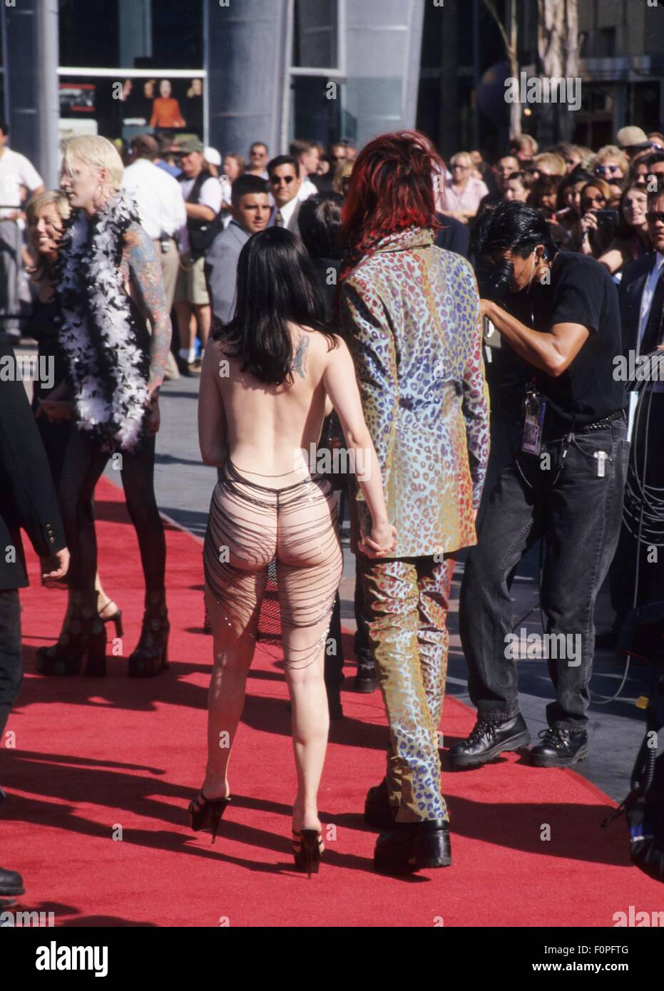 Rose Mcgowan At 15th Annual Mtv Video Music Awards In Los