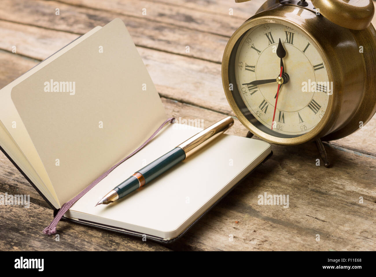 Old fashioned writing background and rationale