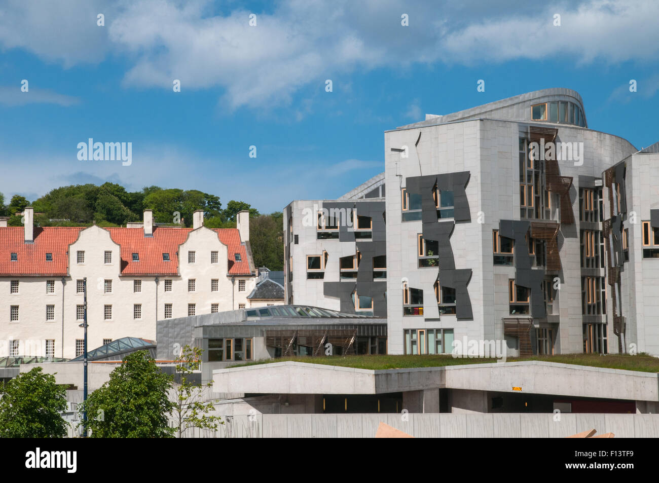 Modern Architecture Scotland old buildings and modern architecture and scottish parliament