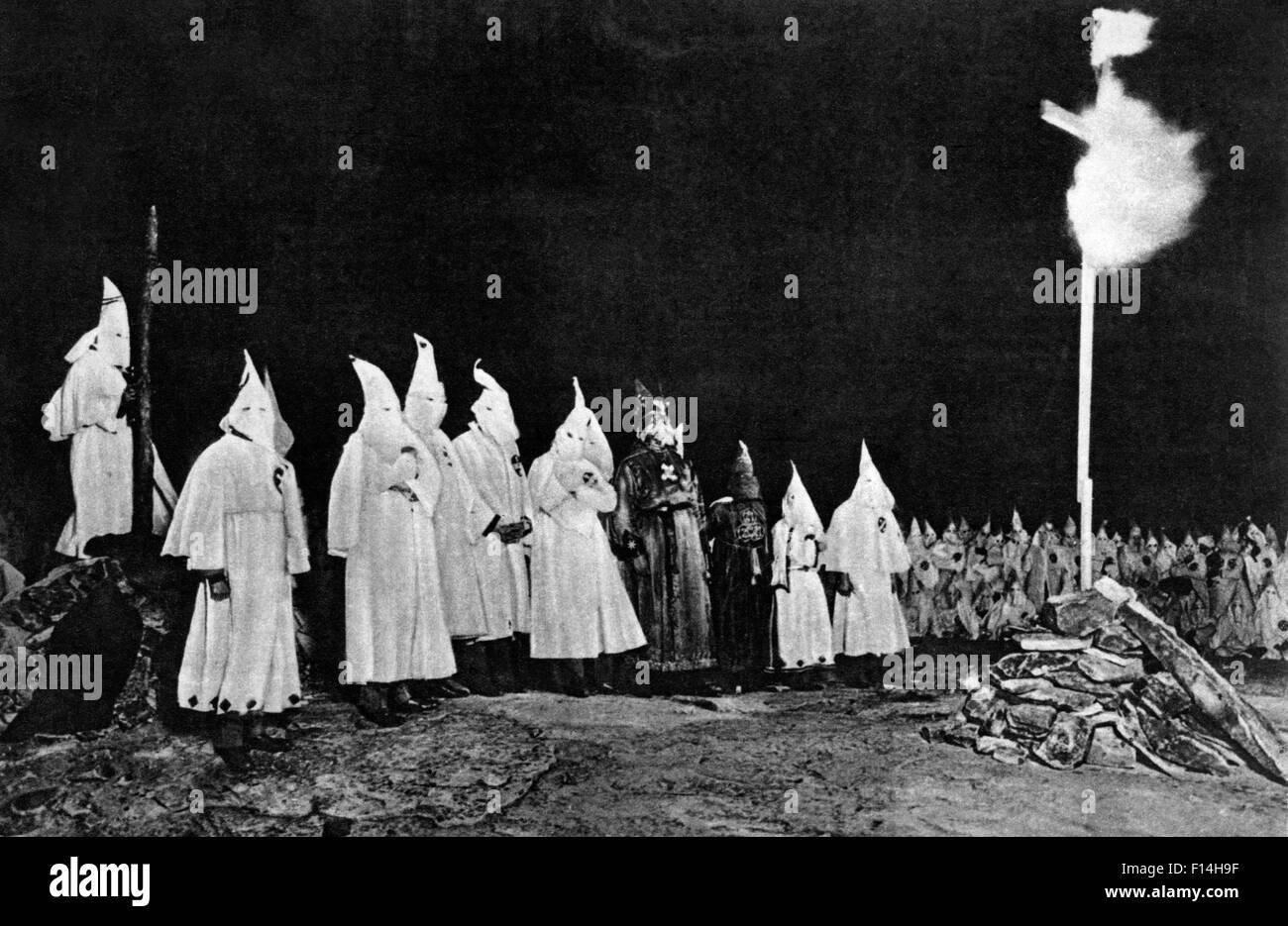 1930s ku klux klan kkk gathering with imperial wizard