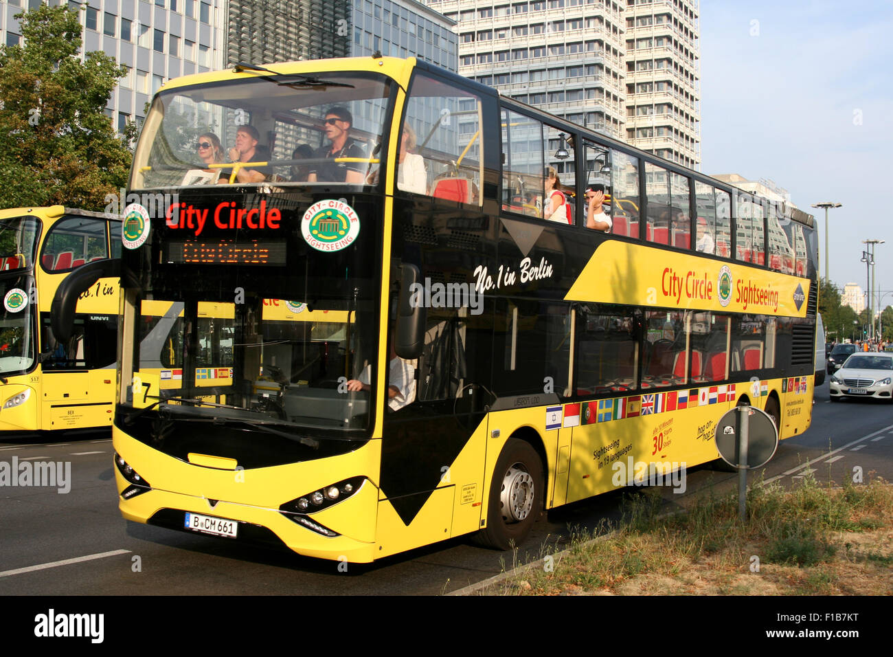 city circle tour bus open top bus berlin yellow stock photo royalty free image 86914012 alamy. Black Bedroom Furniture Sets. Home Design Ideas