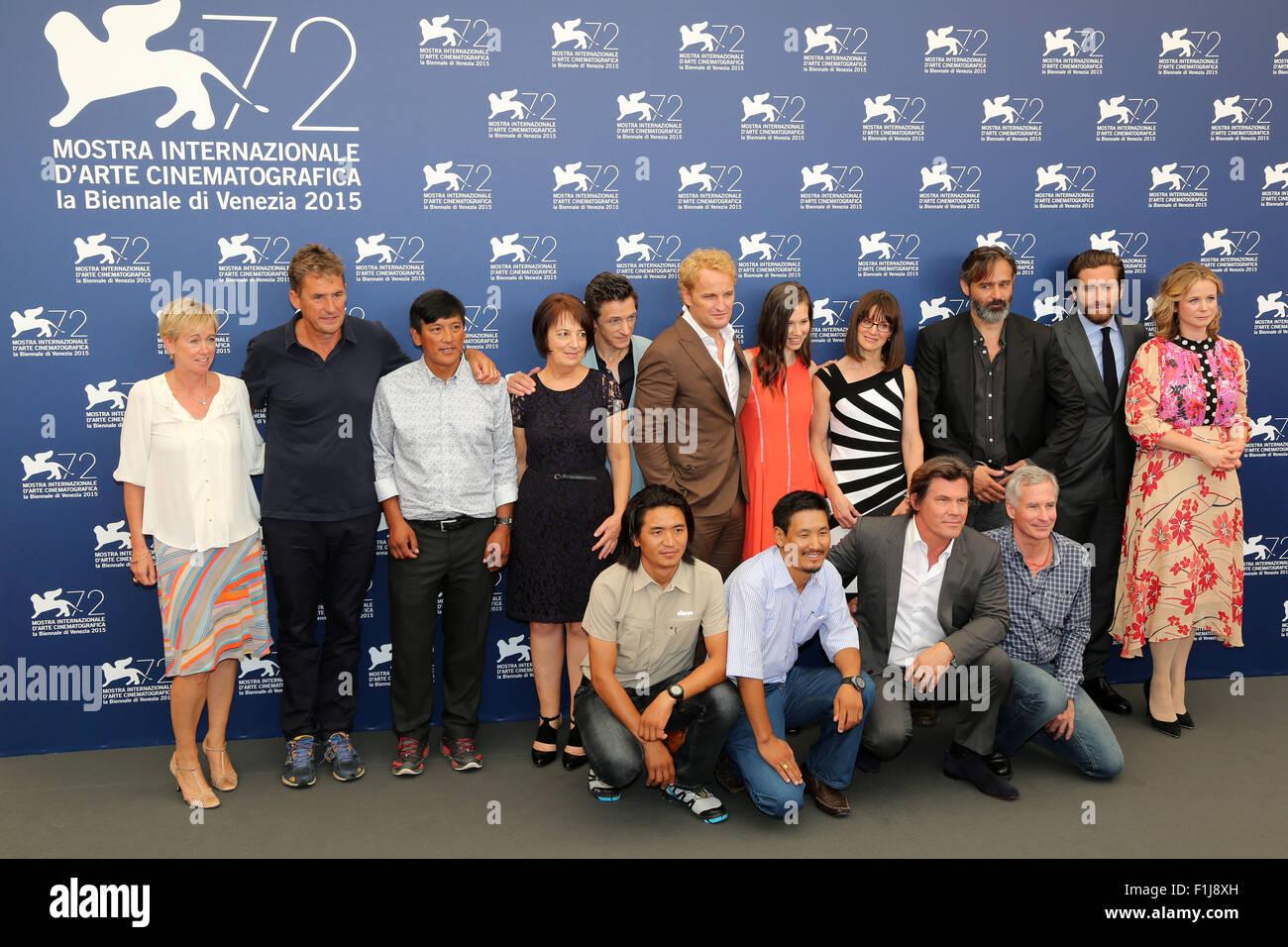 Sicario (2015) - Full Cast & Crew - IMDb