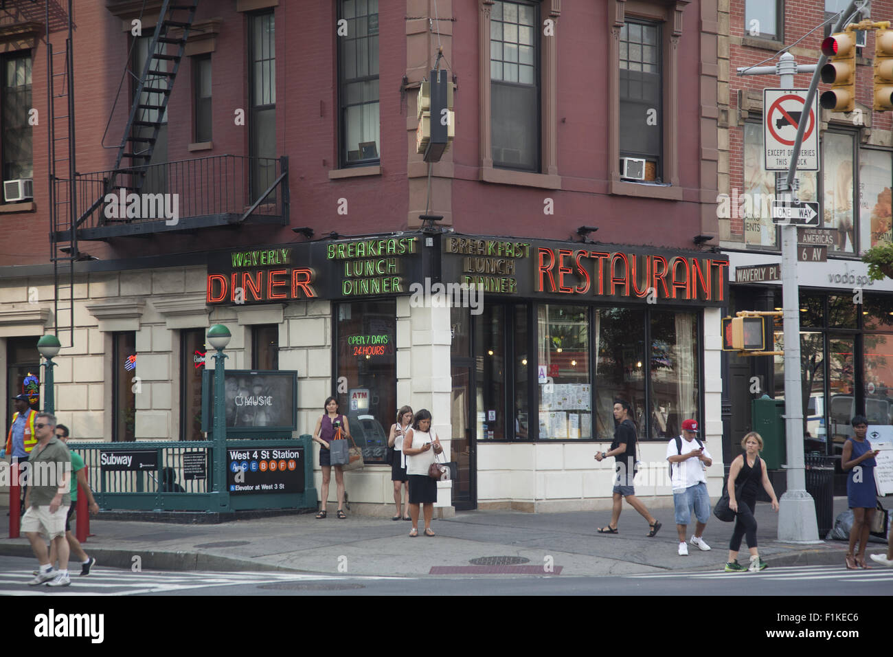 waverly place stock photos u0026 waverly place stock images alamy