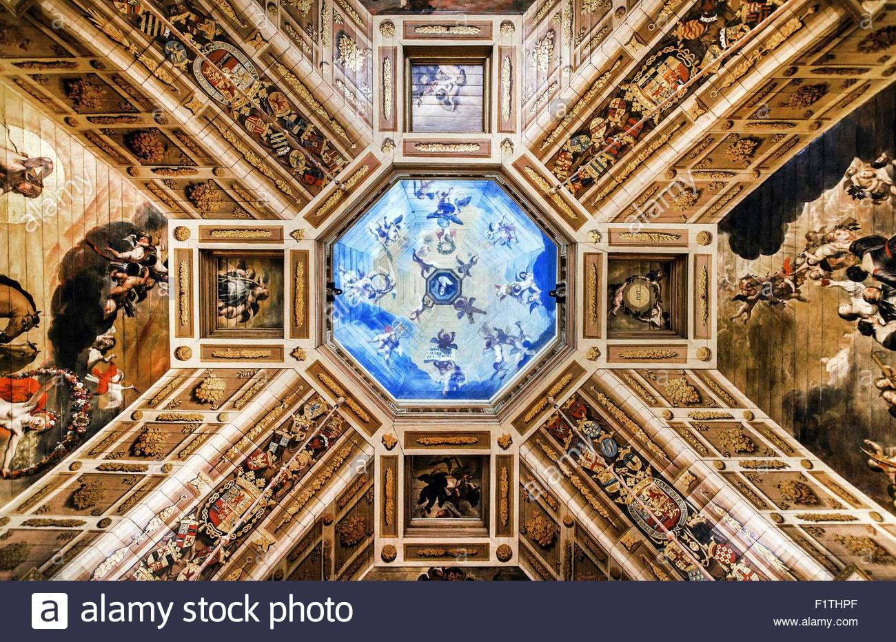 Epa04912671 paintings from the golden age adorn the oranjezaal ...