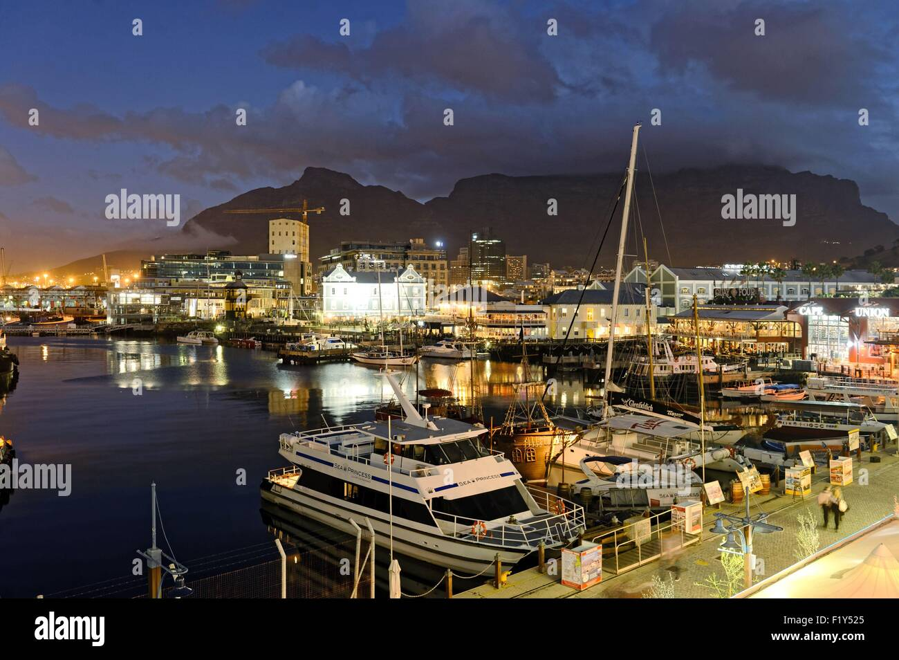 South Africa Western Cape Cape Town Victoria And Alfred Waterfront Stock P