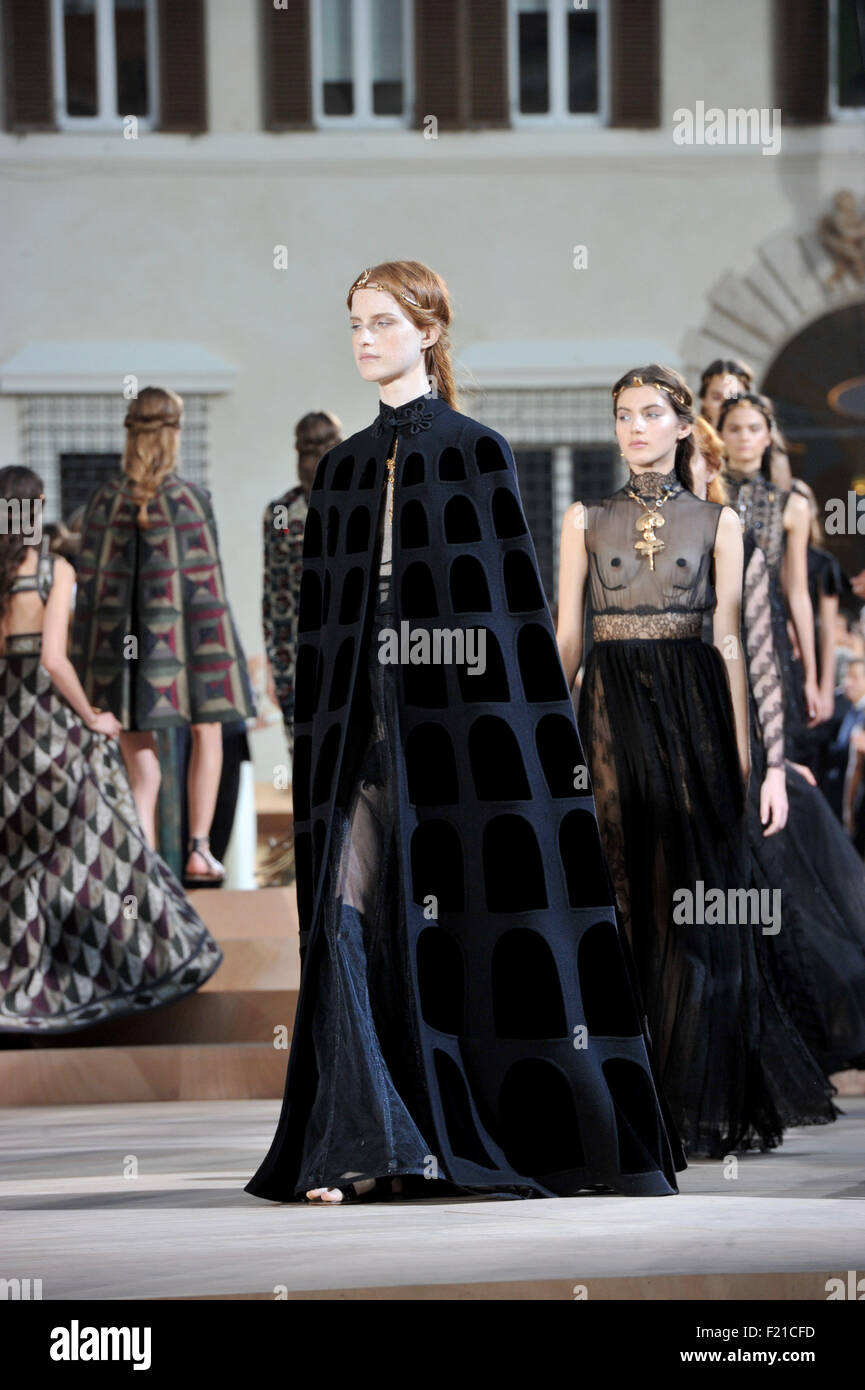 AltaRoma AltaModa Fashion Week Fall/Winter 2015/16 ...