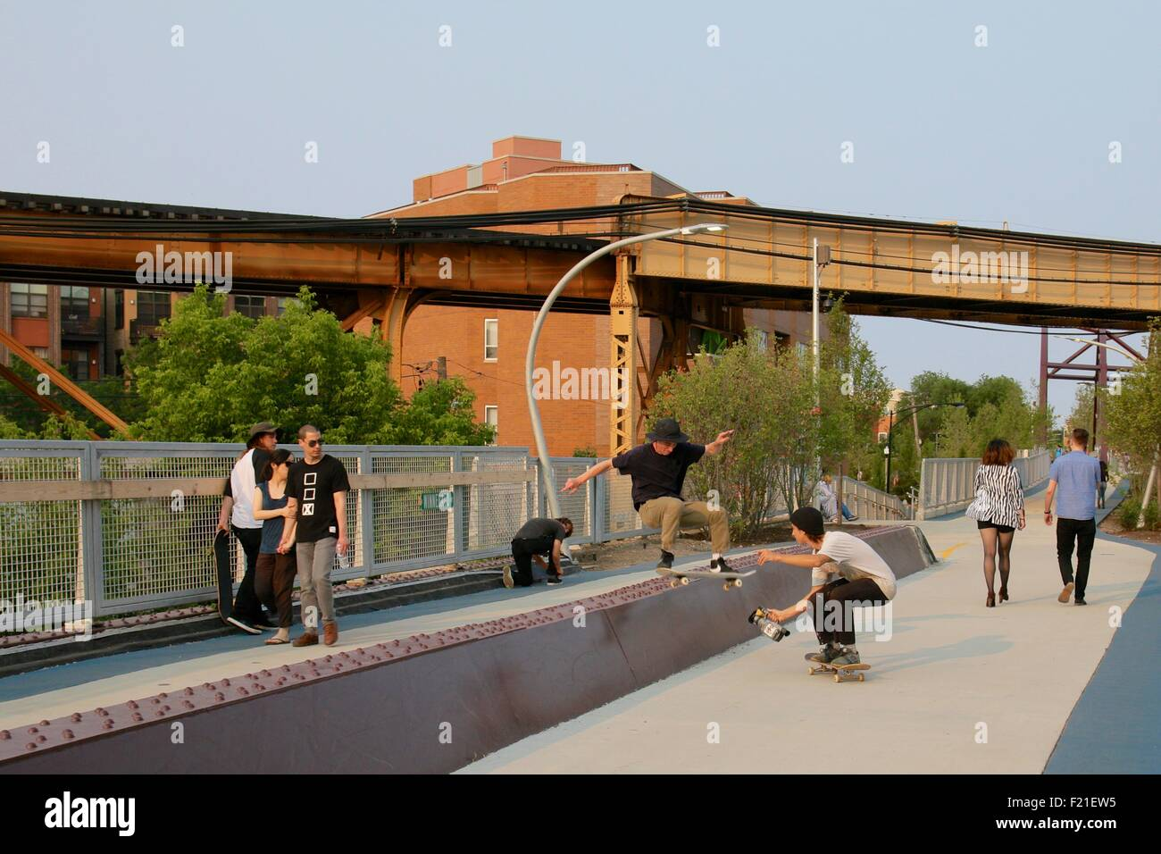 skateboard-stunt-on-the-bloomingdale-tra