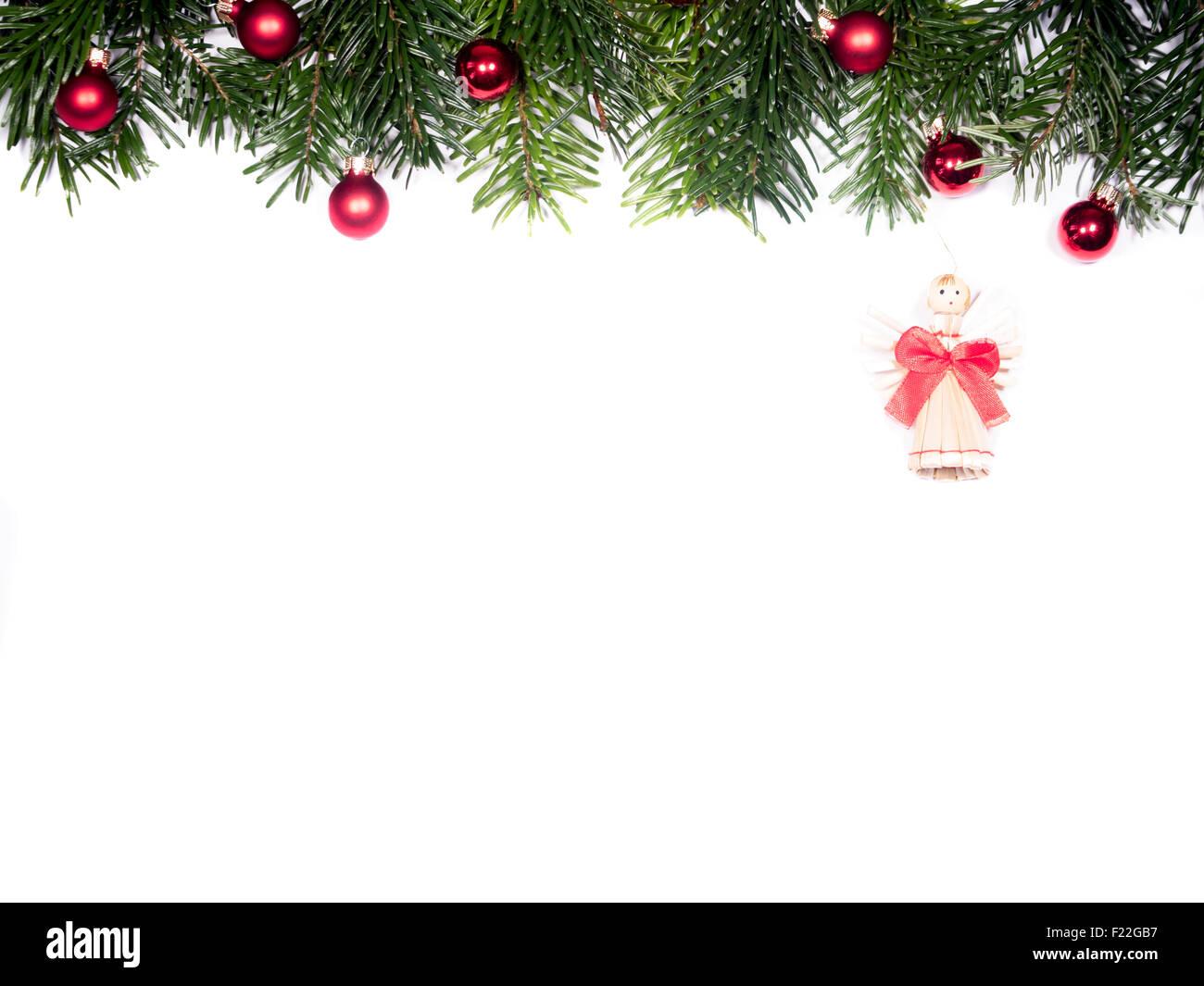 weihnachtsschmuck mit tannenzweigen und engel auf wei em. Black Bedroom Furniture Sets. Home Design Ideas