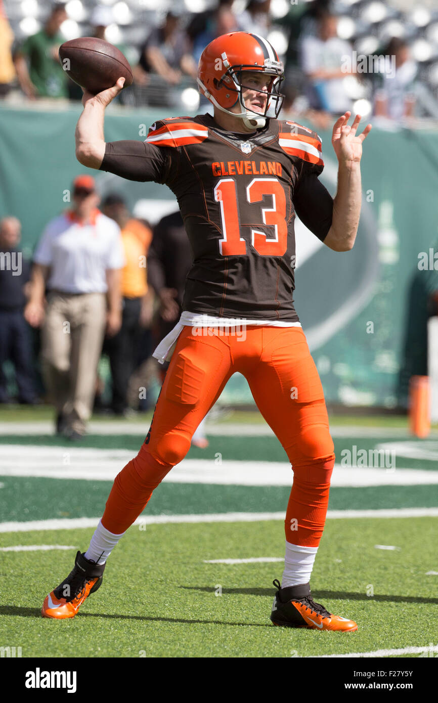 b657b81de2d ... East Rutherford, New Jersey, USA. 13th Sep, 2015. Cleveland Browns  quarterback Modal Trigger Josh McCown .