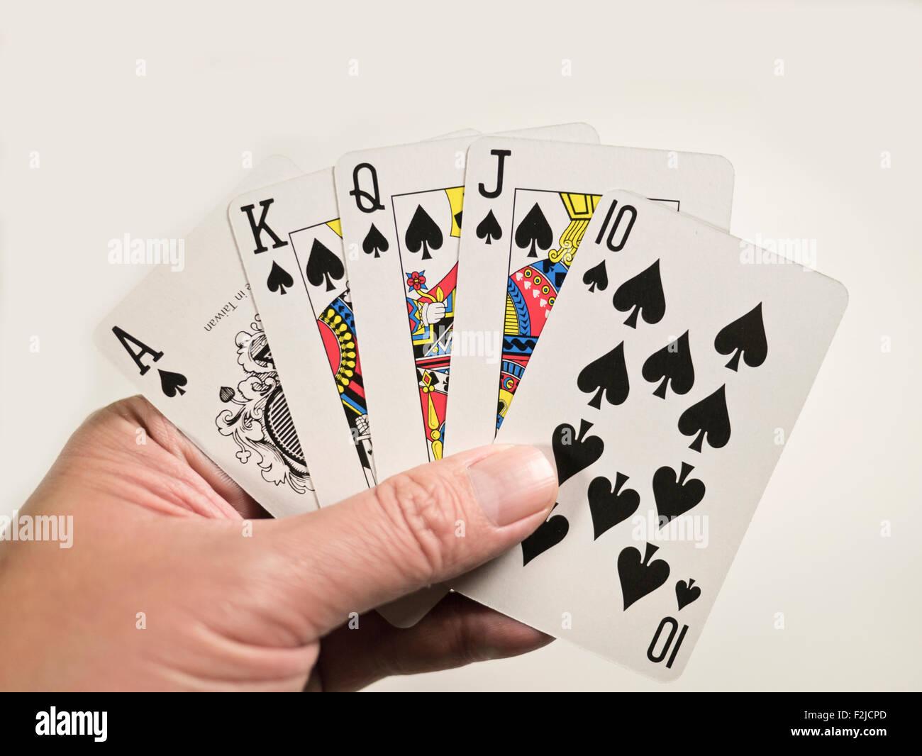 Poker 4 of a kind vs straight flush