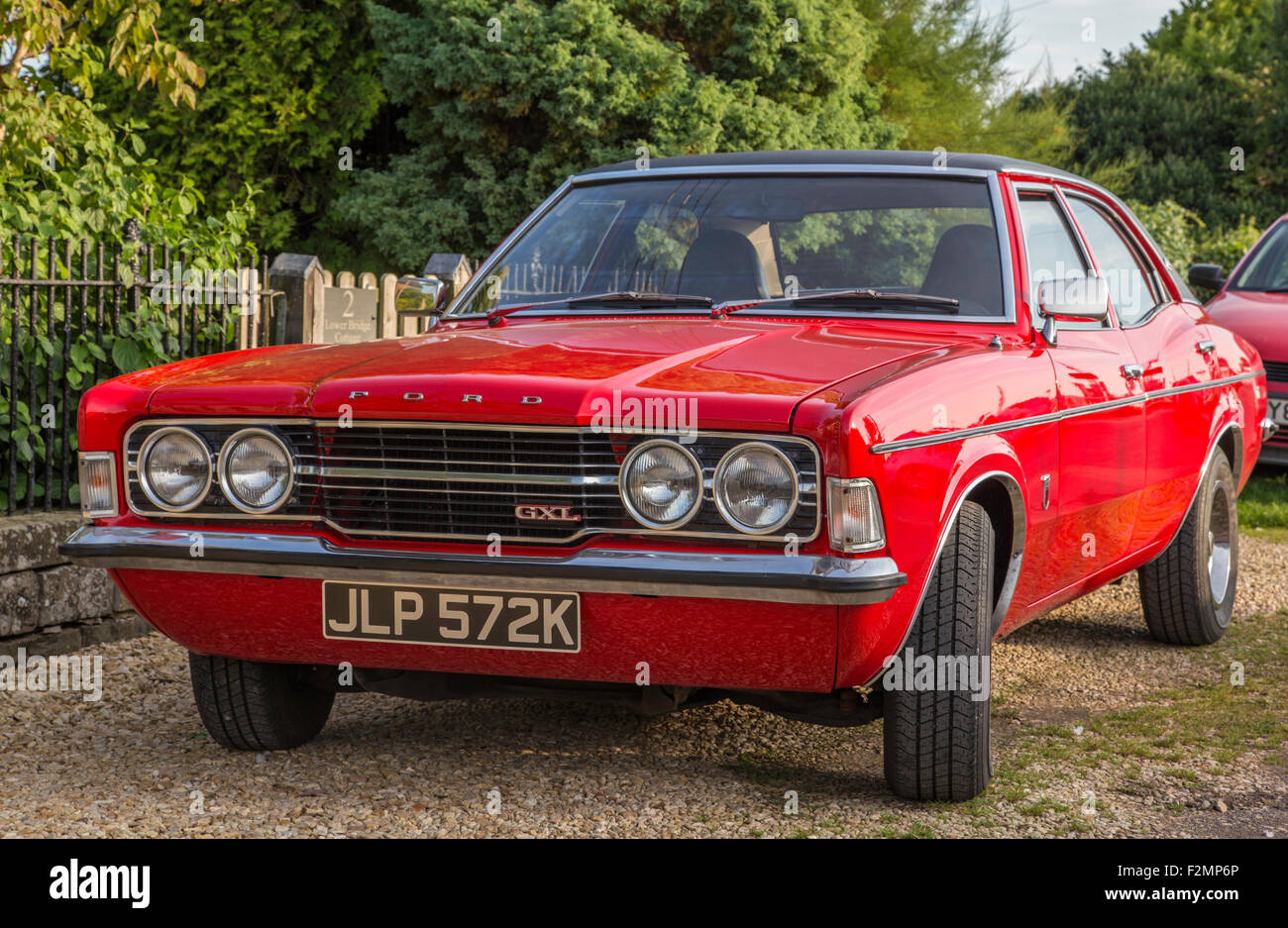 red cortina stock photos & red cortina stock images - alamy
