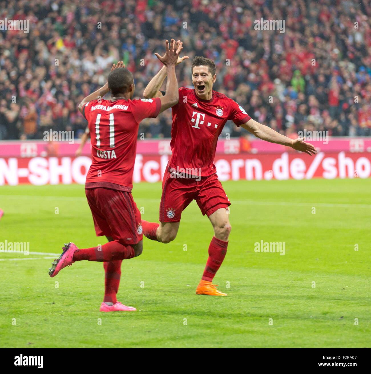 Robert LEWANDOWSKI FC Bayern and Douglas COSTA FC Bayern Stock