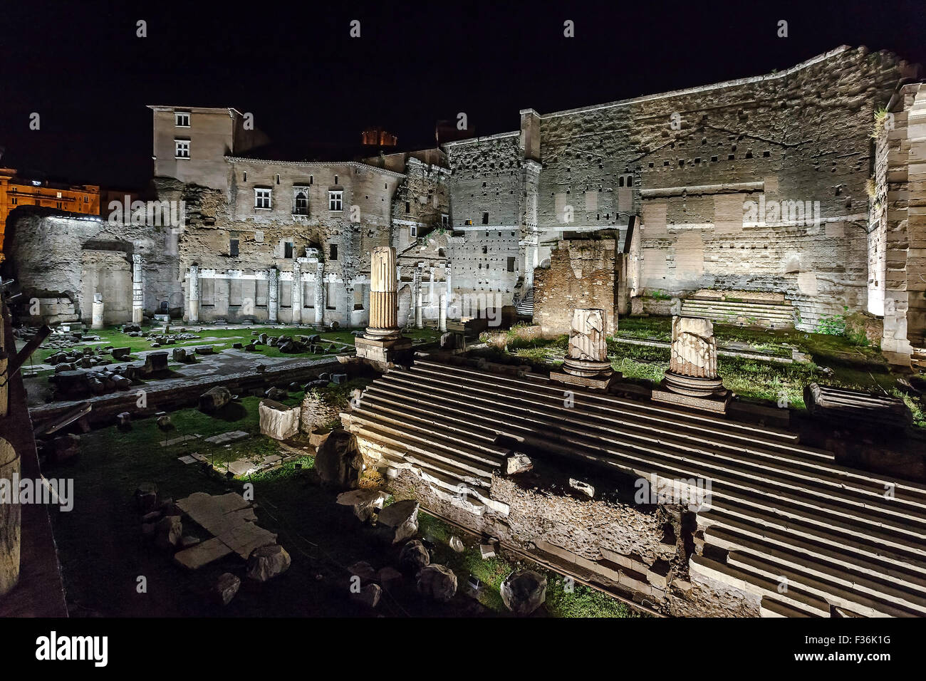 Forum of augustus illuminated with new led lights made by the city forum of augustus illuminated with new led lights made by the city of rome night snapshot made the opening day mozeypictures Choice Image