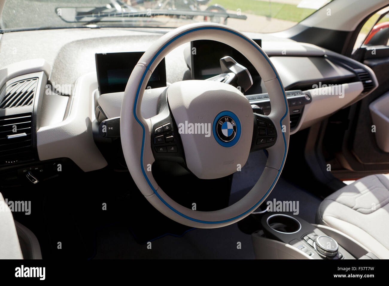 bmw i3 electric car interior usa stock photo royalty free image 88068509 alamy. Black Bedroom Furniture Sets. Home Design Ideas