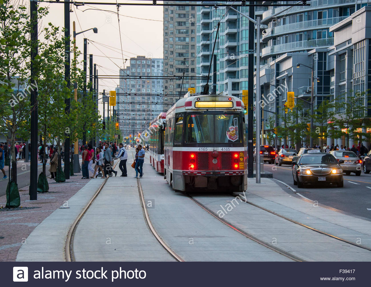 Streetcars In The City Streets Toronto Streetcar System Comprises - Street cars