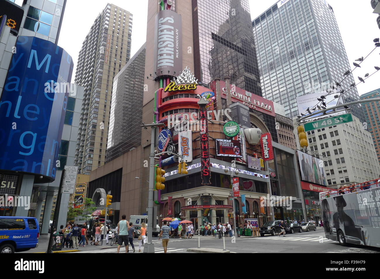 Hershey's Chocolate World on Broadway in NYC Stock Photo, Royalty ...