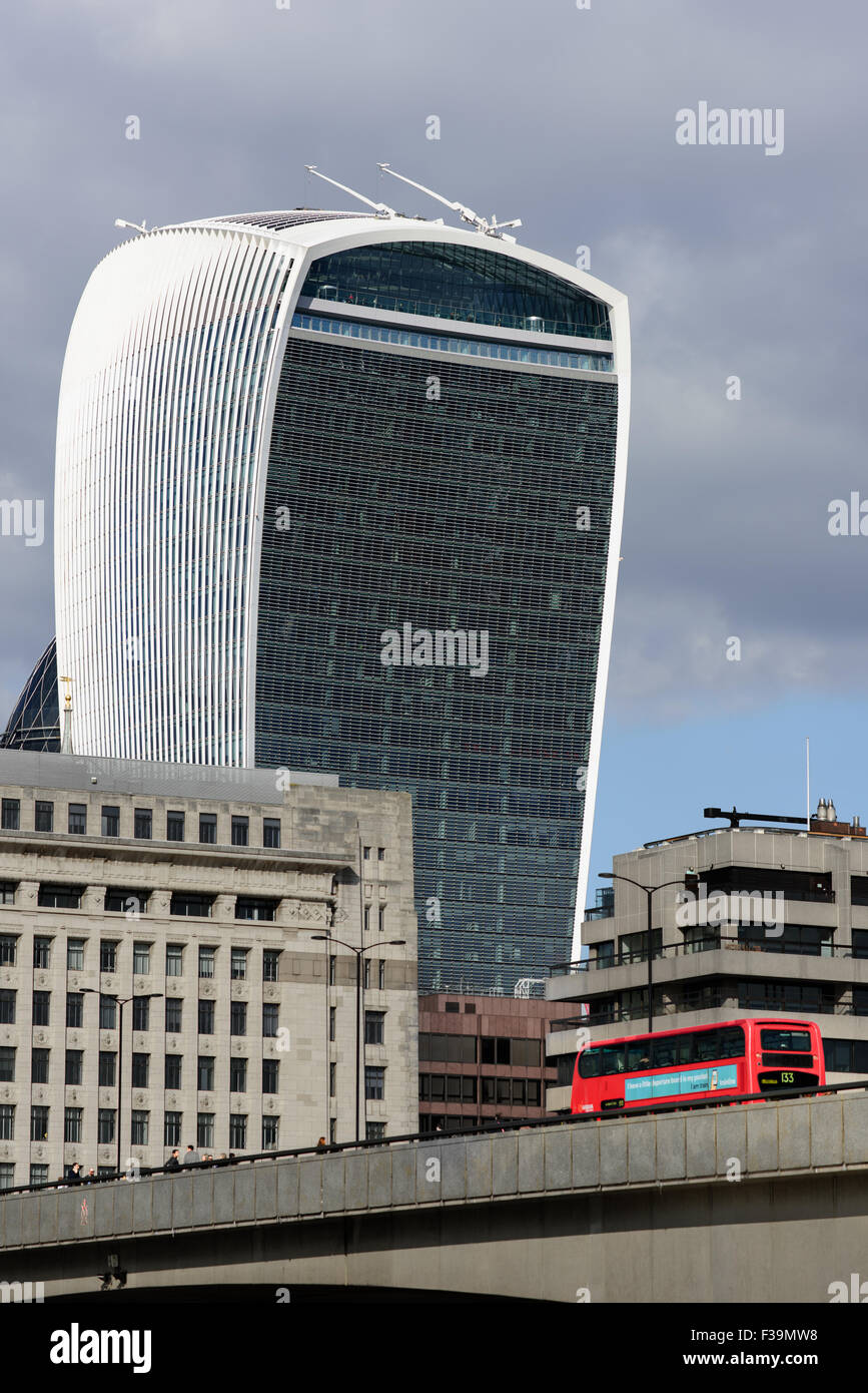 Famous Buildings In London Walkie Talkie