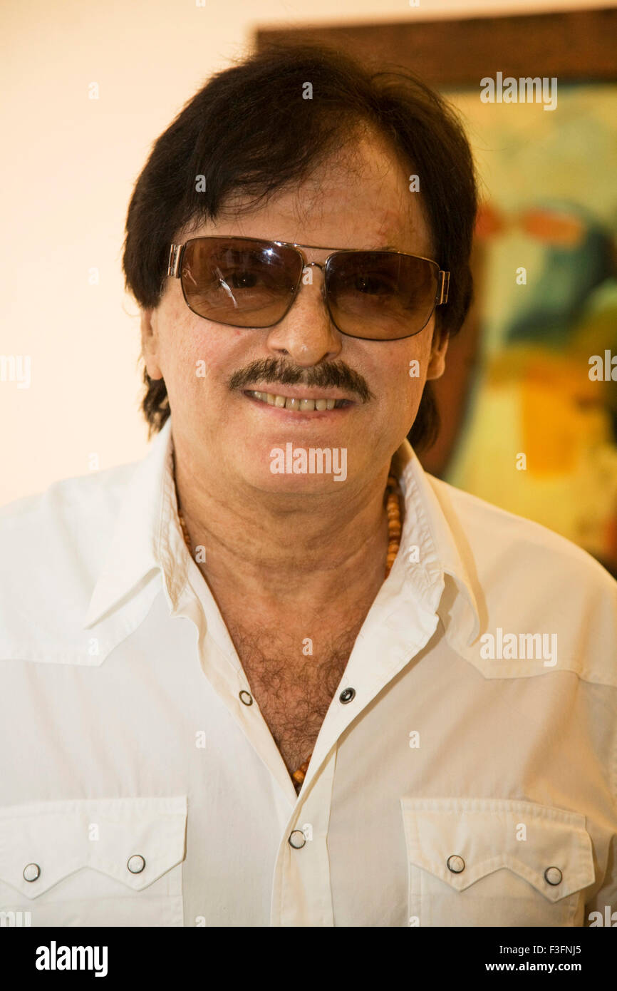 sanjay khan zeenat aman episodesanjay khan filmography, sanjay khan pic, sanjay khan and zarine khan, sanjay khan family, sanjay khan photo gallery, sanjay khan, sanjay khan wiki, sanjay khan and zeenat aman, sanjay khan songs, sanjay khan wife photos, sanjay khan photo, sanjay khan movie list, sanjay khan wife, sanjay khan family photo, sanjay khan net worth, sanjay khan resort, sanjay khan jai hanuman, sanjay khan tipu sultan, sanjay khan age, sanjay khan zeenat aman episode