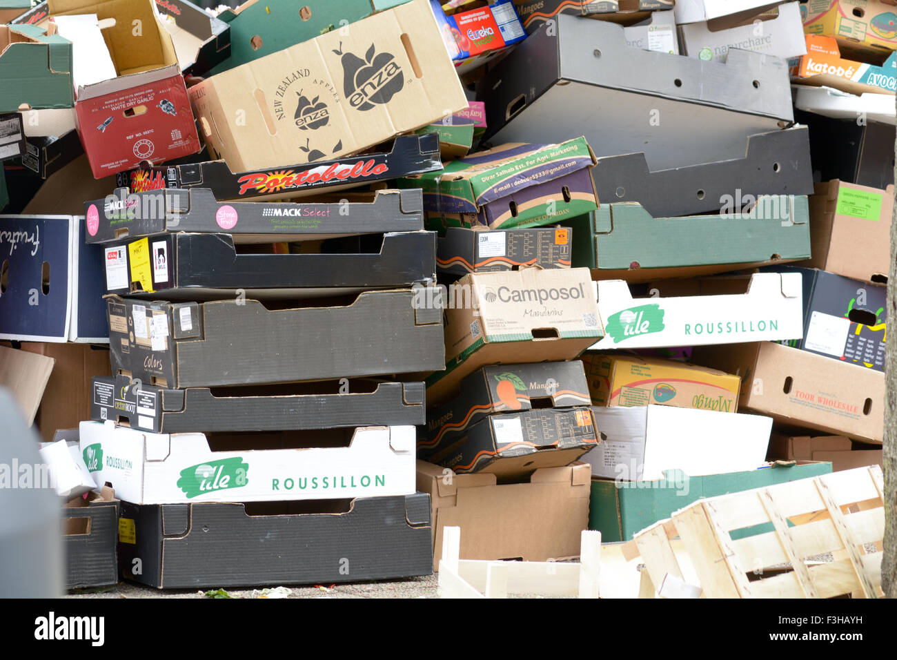 Piles Of Empty Fruit And Vegetable Boxes At Open Air Bi Weekly Market In  Bedford , Bedfordshire, England