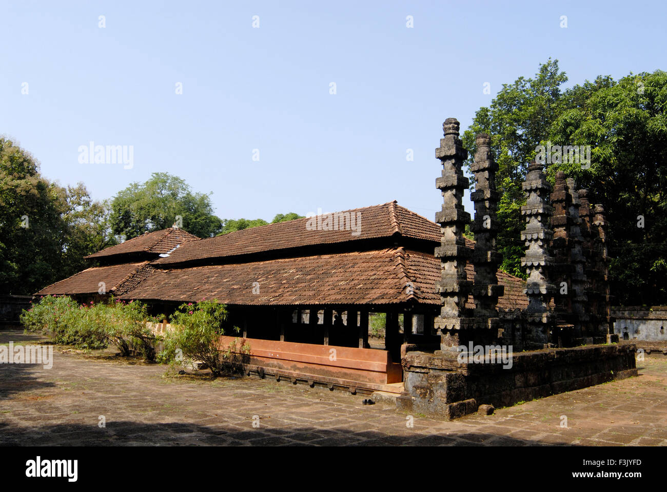 Rameshwar temple stone Lamp posts very old Konkani style ... for Temple Stone Lamp  575cpg