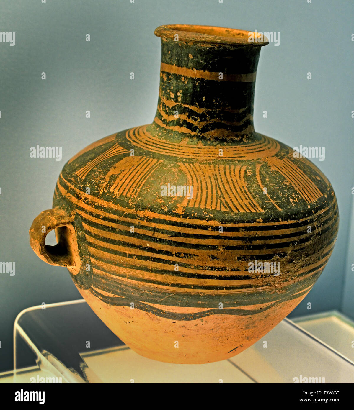 Painted pottery pot with string pattern type majiayao of stock painted pottery pot with string pattern type majiayao of majiayao culture 2200 2000 bc shanghai museum of ancient chinese art china reviewsmspy