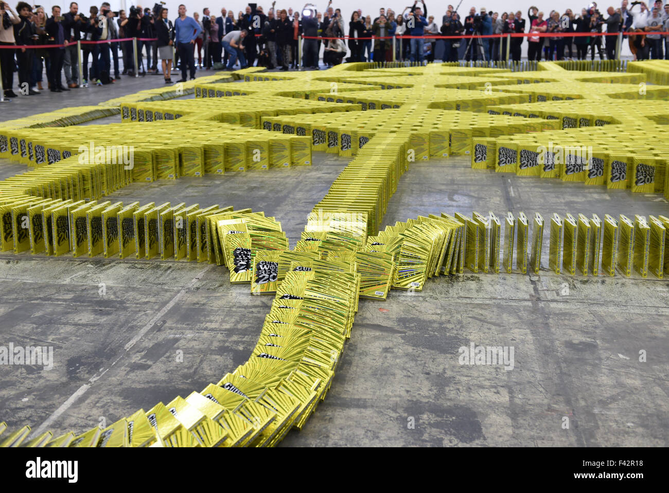 editions of the guinness book of world records fall during a world