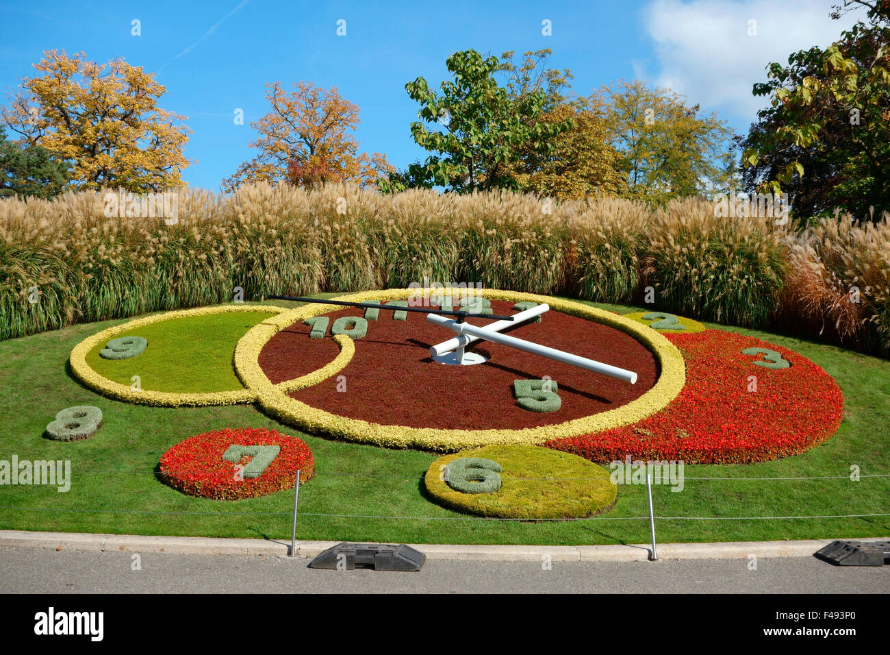 Flower clock jardin anglais english garden geneva for Jardin anglais