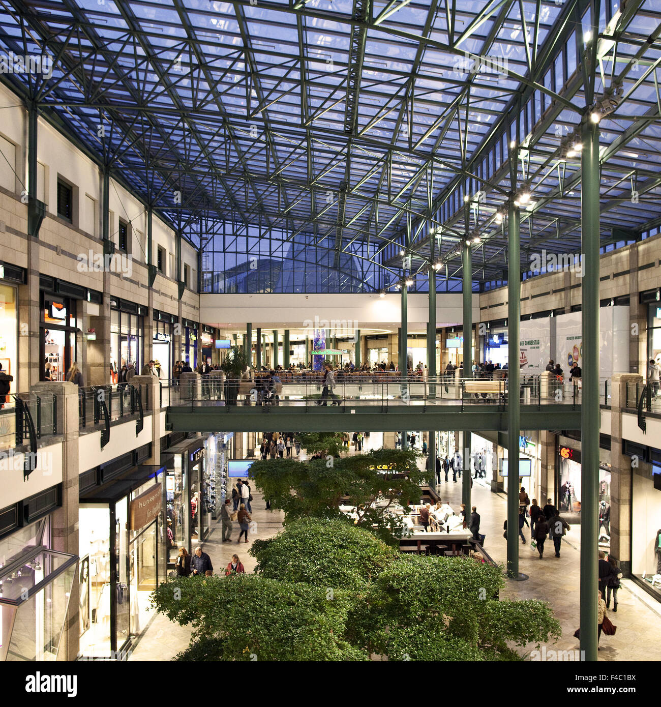 Luchs Center Oberhausen : shopping center centro oberhausen germany stock photo ~ Watch28wear.com Haus und Dekorationen