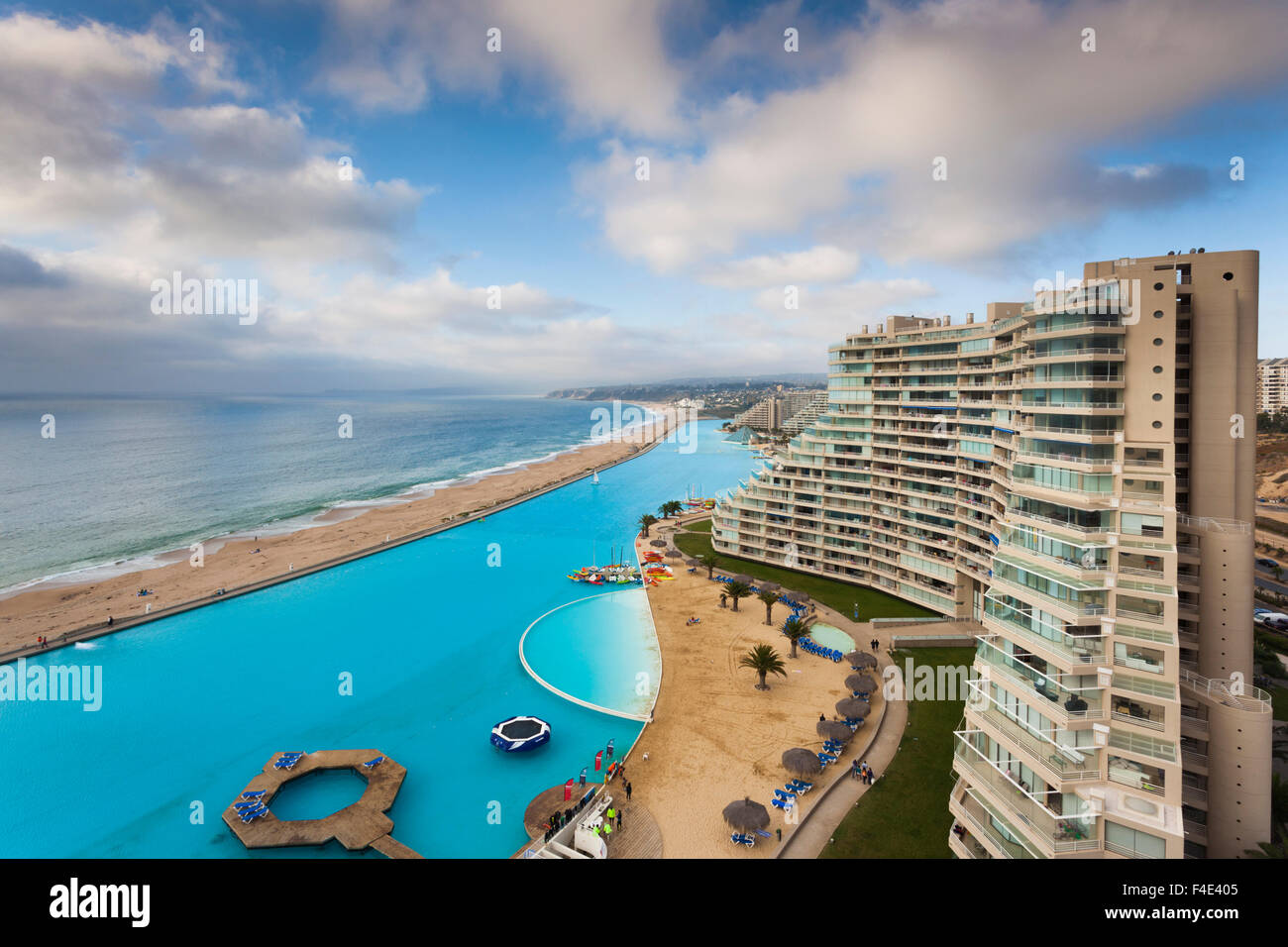 Chile algarrobo san alfonso del mar resort has the world 39 s largest stock photo royalty free for San alfonso del mar swimming pool