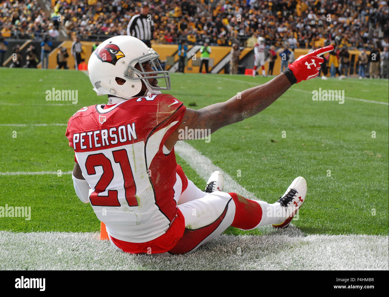 Pittsburgh PA USA 18th Oct 2015 Patrick Peterson 21 grabs an