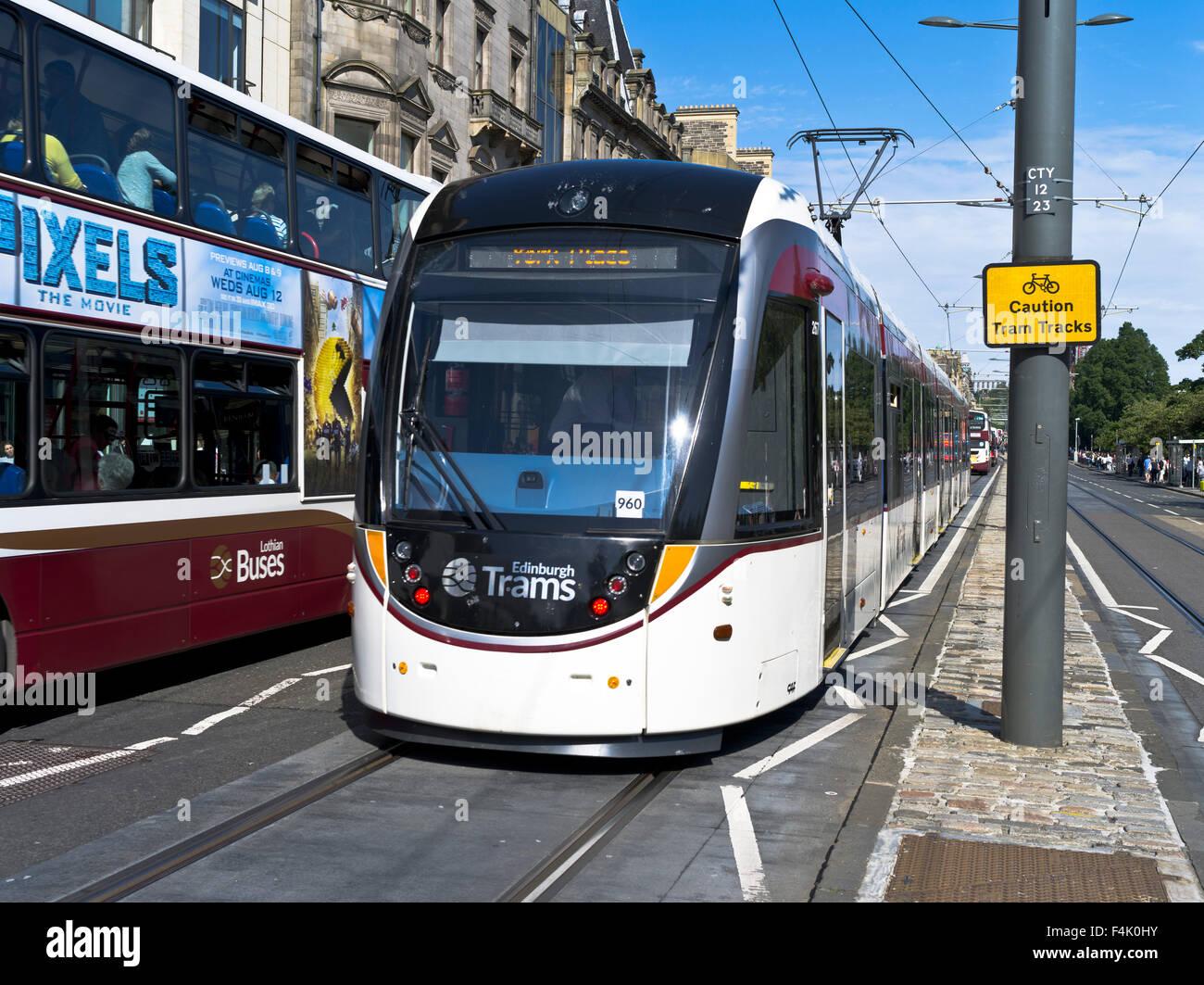 Dh PRINCES STREET EDINBURGH Edinburgh Modern Tram Travel Trams Uk Cars