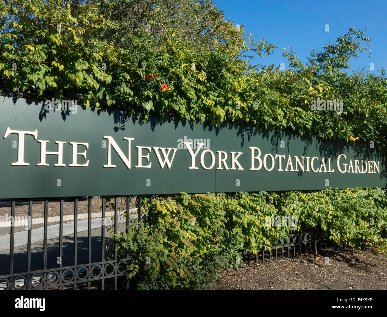 New York Botanical Garden Entrance Sign The Bronx Ny
