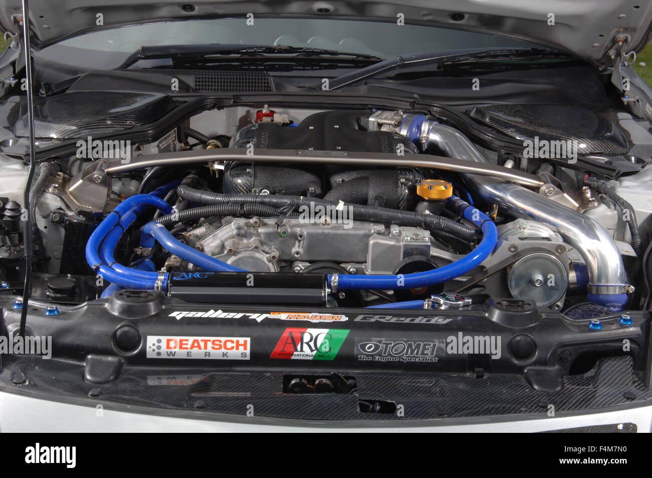 sports car engine nissan 350z tuned car stock photo royalty free image 88955580 alamy. Black Bedroom Furniture Sets. Home Design Ideas