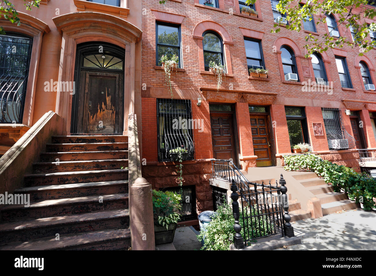 Brownstone apartments off Lafayette Ave. in the Fort Greene ...