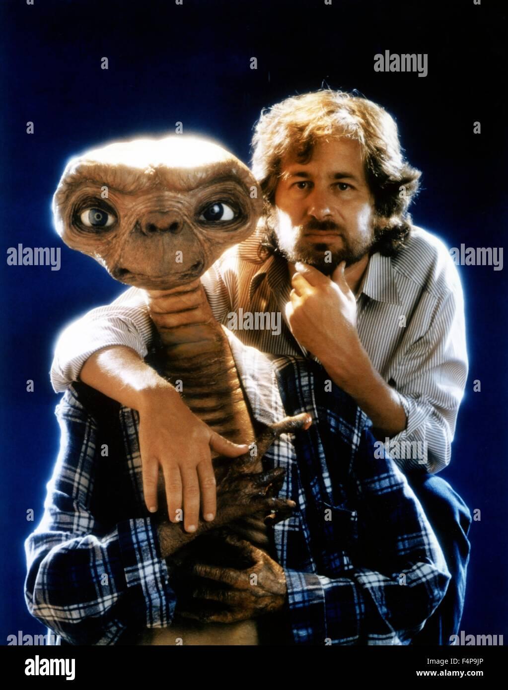 Steven Spielberg, E.T / E.T: The Extra-Terrestrial 1982 ...
