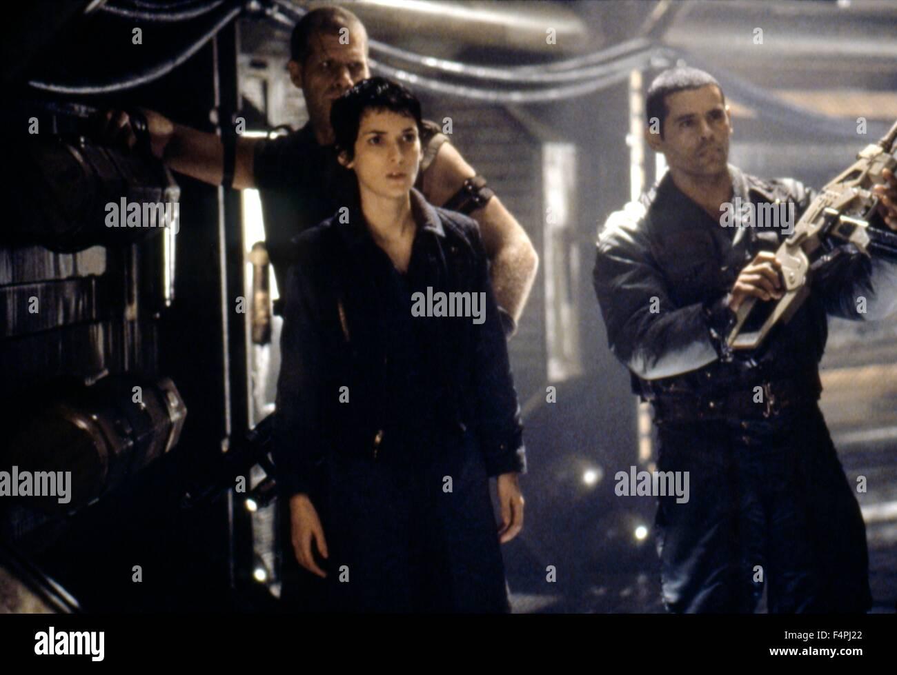 Ron Perlman, Wynona Ryder and Raymond Cruz / Alien ...