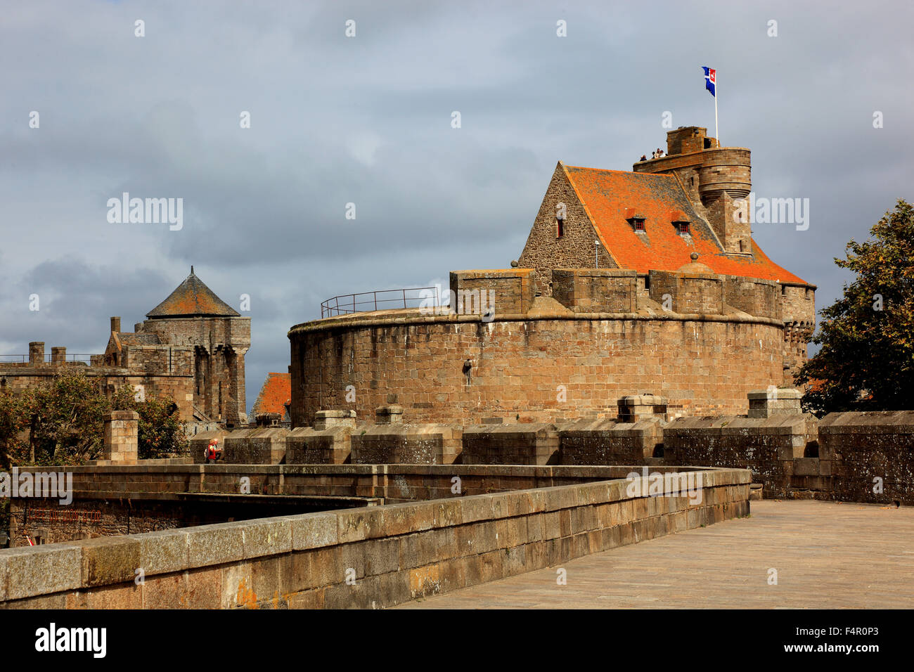 France brittany saint malo castle and part of the for La maison des armateur saint malo