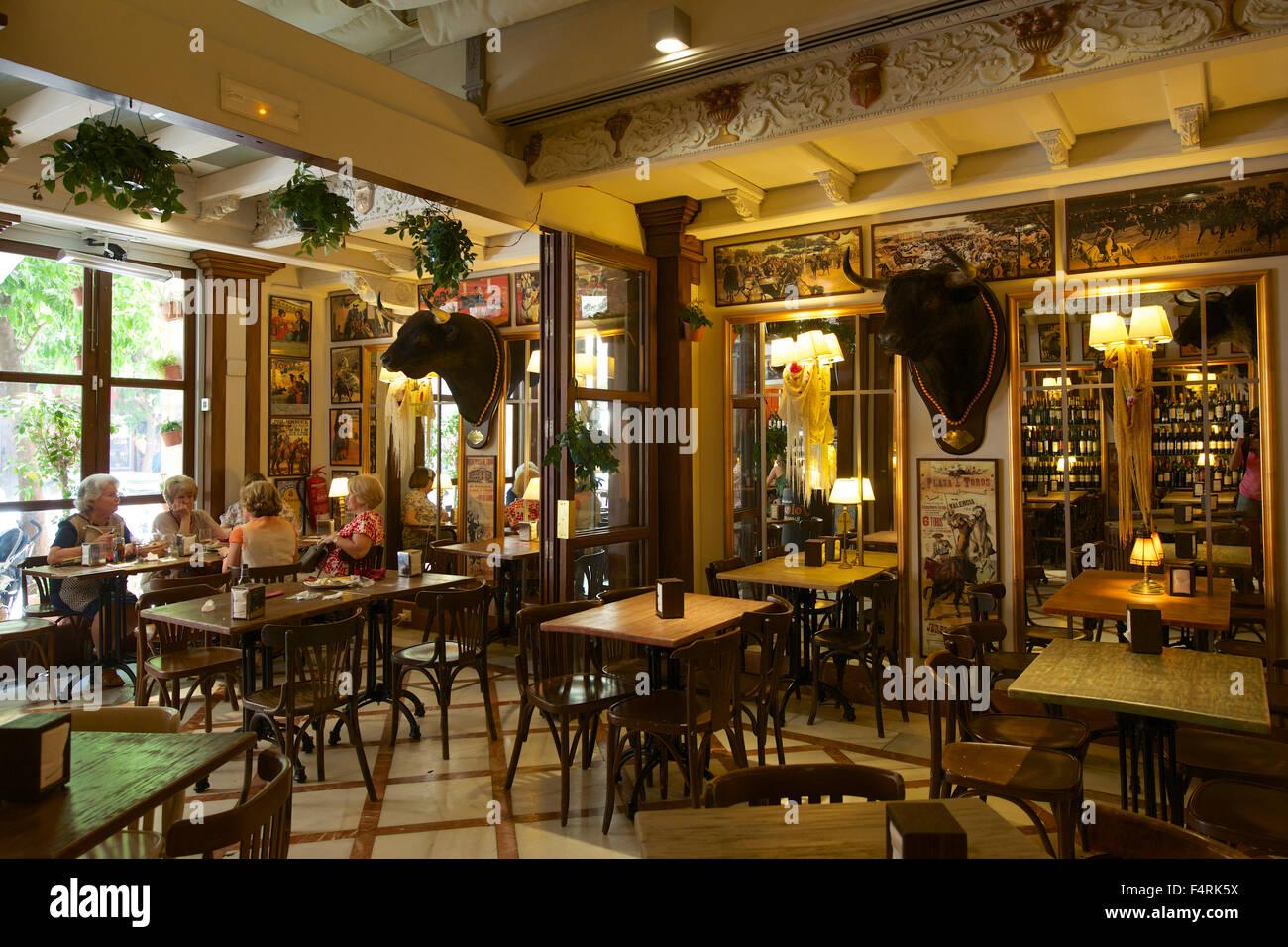 La Catedral Cafe Restaurant