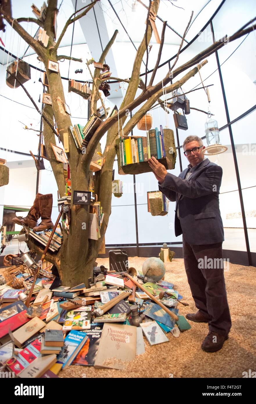 Mark Dion Tree