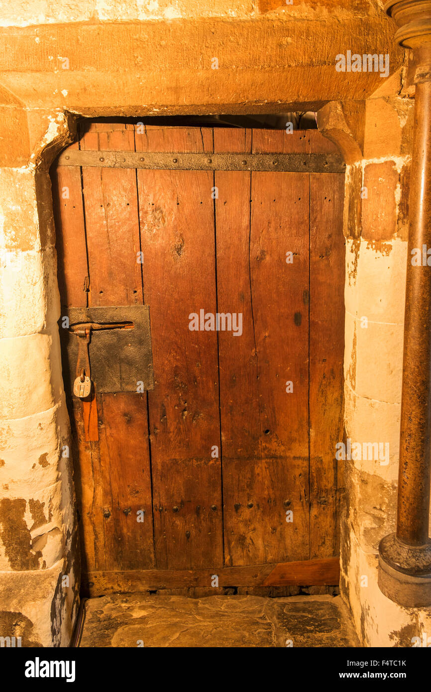 ... England London Westminster Abbey The Chapter House Britain\u0027s Oldest Door constructed in & Westminster Chapter House oldest door circa 1050 Stock Photo ... Pezcame.Com