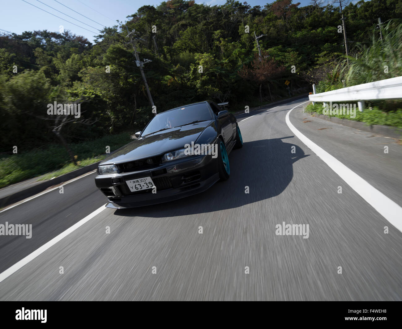 Nissan nissan sky : Nissan Skyline Stock Photos & Nissan Skyline Stock Images - Alamy